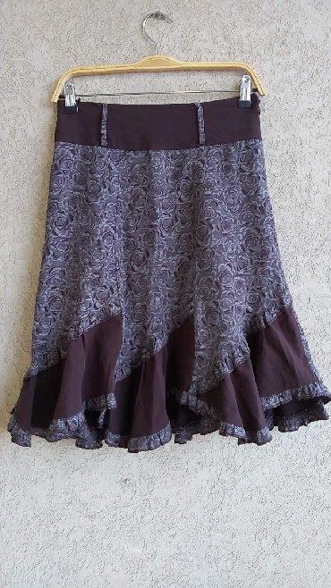Duzina struk suknja - Srbija: Zanimljiva braon suknja kao nova Vel. 38 Duzina 62cm Struk 36cm