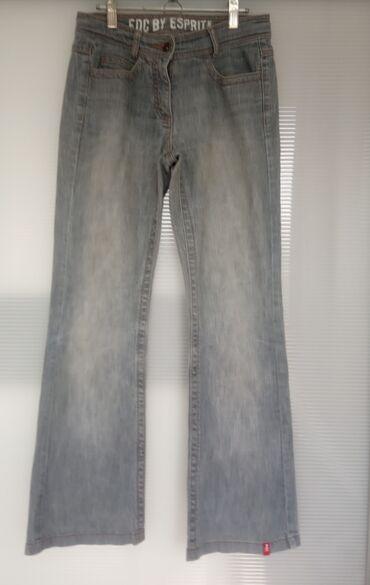 Ženske farmerke - Beograd: Edc by Esprit pantalone veličina 38, siva boja. Šire se prema