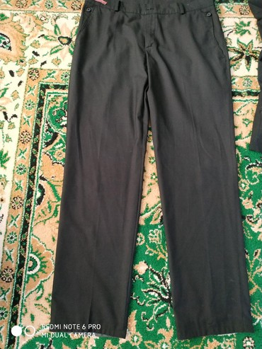 мужские черные брюки в Кыргызстан: Брюки, размер 42,цвет черный, состояние отличное