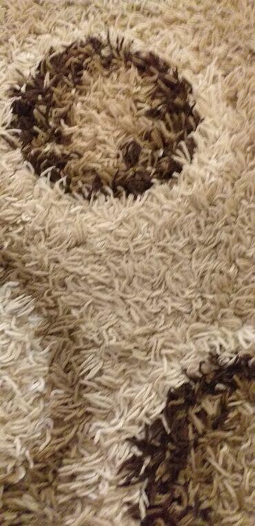 Kuća i bašta - Subotica: Prodajem tepih cupavi bez ostecenja 160×230