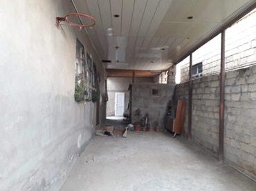 Bakı şəhərində Bineqedi qesebesinde 3 sotda tikilen 130 kv ev 170 kv heyeti var