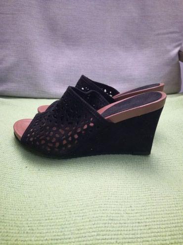 Papuče crne, nove, br.40, visina štikle 9 cm - Belgrade