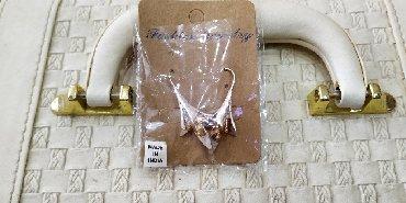 подарок девушке в Азербайджан: Нежные серьги лилии новые.можно на подарок