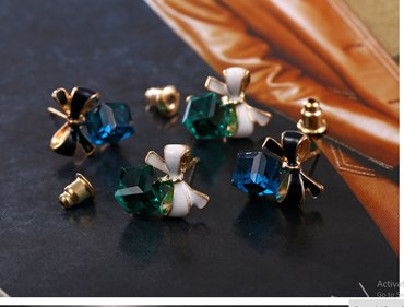 Chic fashion gold cube crystal earring gold square earrings - Novi Sad