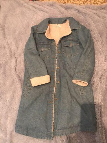 джинсовое платье на пуговицах в Кыргызстан: Продаю джинсовую парку В хорошем состоянии .Цена договорная