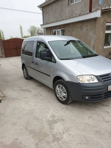 Volkswagen Caddy 2 л. 2009 | 308383 км
