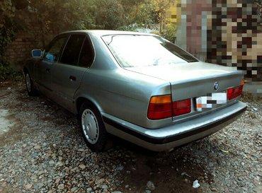 Продаю bmw  годом 1989 объем 2. 0 левый руль механика. 5ти ступка. Обм в Бишкек
