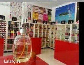 Bakı şəhərində Parfumerya mağazasina satici xanim teleb olunur.Əmək haqqı 250 +satişd