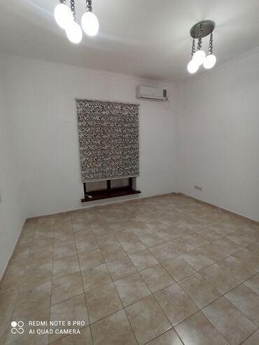 uglovaja kuhonnaja mjagkaja mebel в Кыргызстан: 15 м2 без мебели, коммуслуги входит