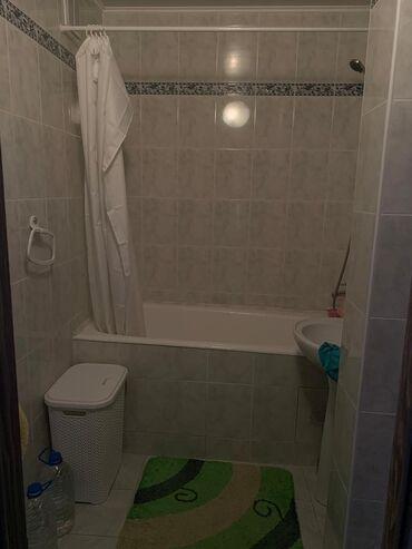 доски 188 3 х 105 9 см для письма маркером в Кыргызстан: Продается квартира: 4 комнаты, 80 кв. м