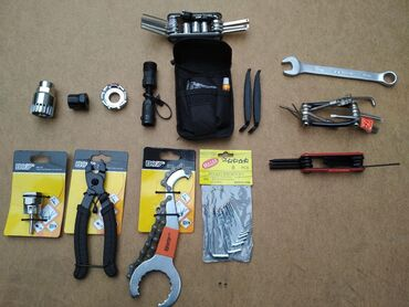 detskij velosiped jaguar 16 в Кыргызстан: Велоинструмент. 1.Ключ для снятия средней коретки и удержания кассеты
