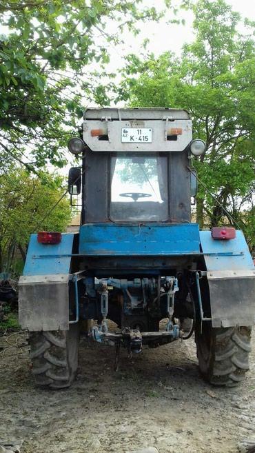 Beyləqan şəhərində Traktor T28, göy, ili 1992, tam işlək vəziyyətdədir. Qiyməti 3800AZN
