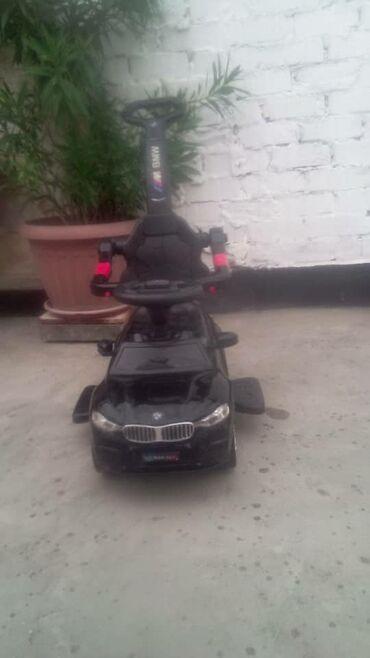 Коляски - Лебединовка: Машина детская чернаясостояние среднее есть потёртости а так в