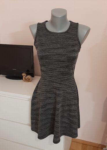 99 oglasa: Fb sister haljina je u odlicnom stanjuVelicina je XS ali odgovara i S