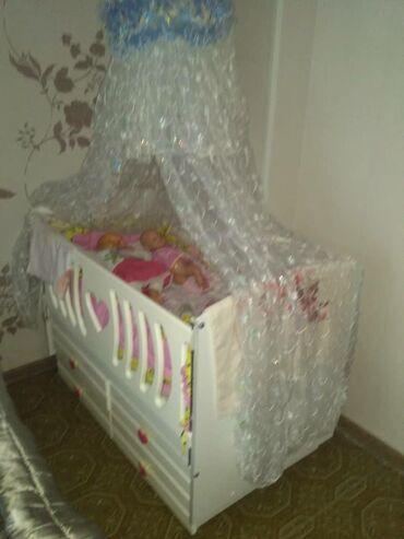 кровать трансформер детская купить в Кыргызстан: Продаю срочно детскую кроватку в отличном состоянии как новая