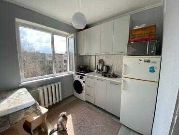 телевизор для сони плейстейшен 4 в Кыргызстан: Продается квартира: 104 серия, Южные микрорайоны, 1 комната, 35 кв. м
