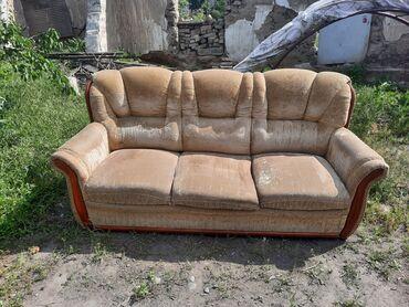 Мебель - Кыргызстан: Продаётся б/у диван с креслами