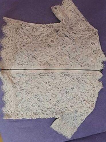 Na prodaju ženska bluzica za 600 dinara