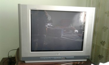 Телевизор в отличном состоянии. диагональ 72. в Бишкек