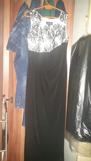 Svecana haljina iz amerike...samo probana...nova bez etikete...neka L - Krusevac