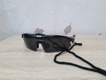 Личные вещи - Тынчтык: Спортивные очки (самое то при езде на велосипеде).- 5 насадок +