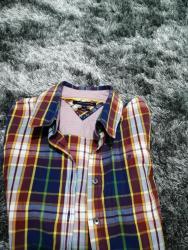 Tommy hilfiger jakne - Srbija: Jako lepa karirana košulja, markirana. Plaćena skupo. Veličina 38