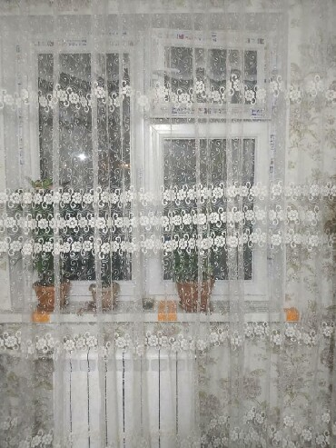 тюль-и в Кыргызстан: Срочно продаю тюль сост отличное высота2,40ширина 4метр цена 1100сом
