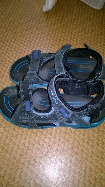 спортивную обувь ecco в Кыргызстан: Сандалики на мальчика в отл.состоянии,фирменные ECCO.33 размер