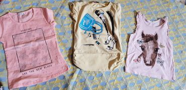 Dečiji Topići I Majice | Pozarevac: Majice za devojcice,uzrast 3-4 god,cena po komadu