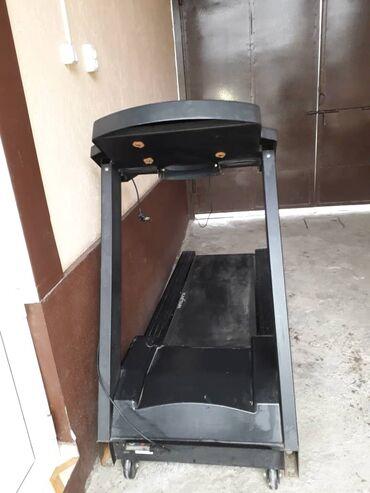 дорожка для йоги в Кыргызстан: Продаю беговую дорожку в хорошем состоянии максимальный вес-150 кг, ск