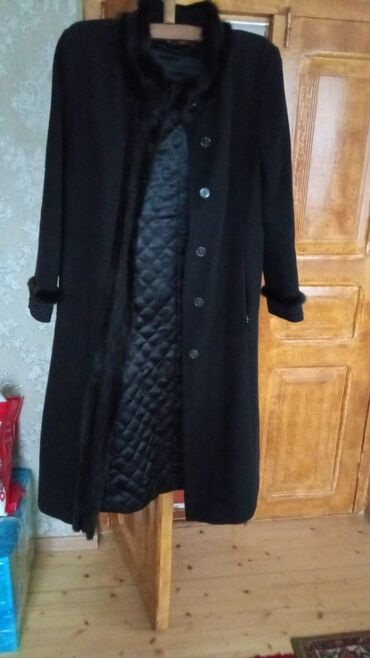 25 elan | ŞƏXSI ƏŞYALAR: Пальто в хорошем состоянии