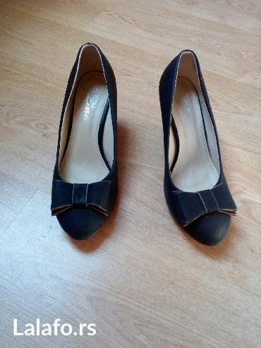 Cipele, nošene par puta, broj 41, visina pete 8cm. - Plandište