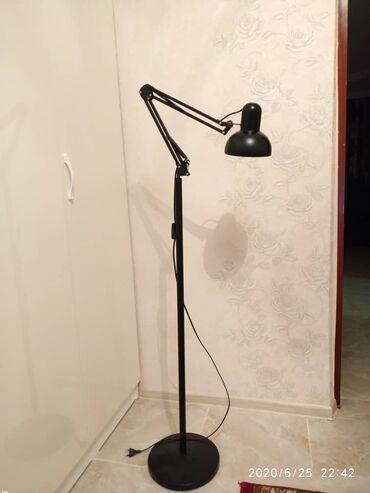 цветы для домашнего декора в Кыргызстан: Продаю напольную лампу. В идеальном состоянии. Черного цвета