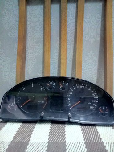 Приборная панель Audi a6 c5 2.5 tdi в Бишкек