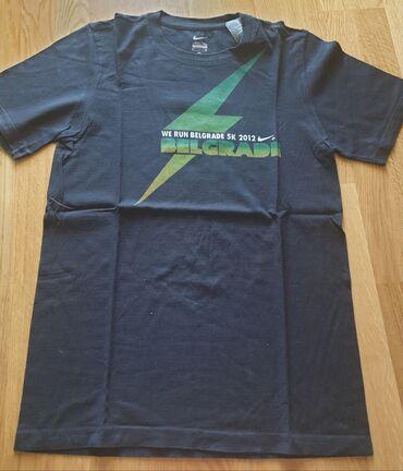 Majica muska nike - Srbija: NIKE original muska majica S velicina za muskarce ili tinejdzere. Crne