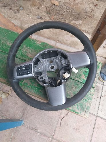 Mazda 2 sukani