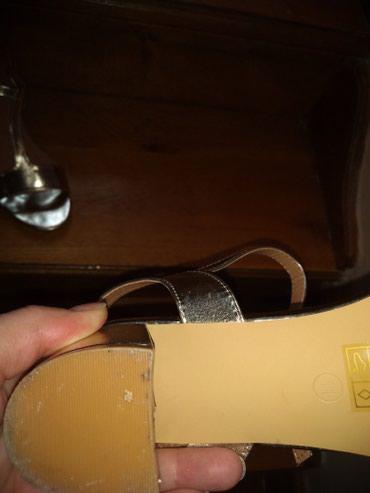 Sandale jednom obuvene,veličina 41,u odličnom stanju - Vrsac