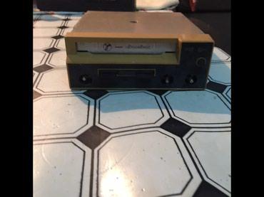 Bakı şəhərində Продается кассетный машинный магнитофон в рабочем состоянии