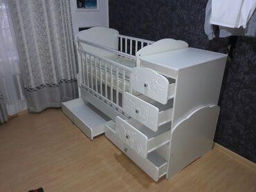 Кроватка в отличном состоянии в комплекте ортопед. матрасик новый не р