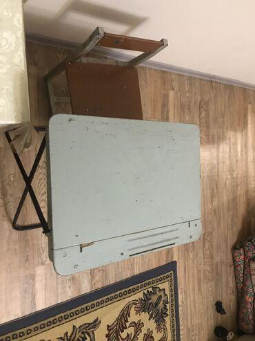 шредеры 12 14 на колесиках в Кыргызстан: Парта с полкой снизу для детей от 3-12 лет, 800 сом