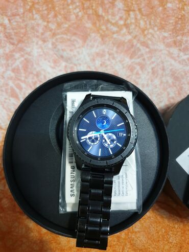 samsung gear s3 в Кыргызстан: Продаю часы Samsung Gear s3 frontier, в идеальном состоянии, 2 ремня