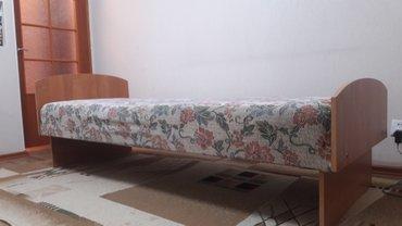 Кровать. Внешние габариты: 80 х 206 х 50Как новая в Бишкек