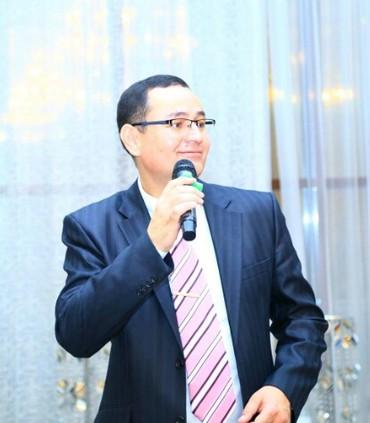 Тамада, ведущий Байыш Крыкбаев.Проведение всевозможных мероприятий на