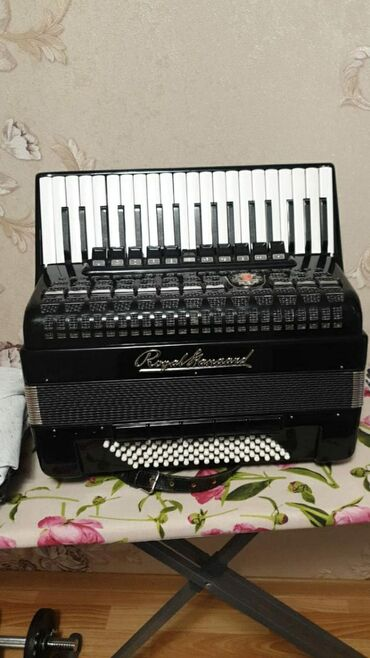 аккордеон-цена в Кыргызстан: Продаю состояния отличное. На заказ . цена:26.000₽ Ватсап номер на