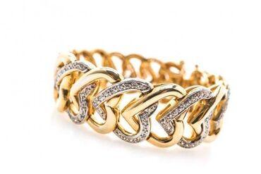 Приобретайте браслеты и аксессуары в магазинах «Golden Cash».   Друзья
