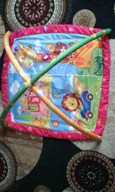 Детское развивающе коврик