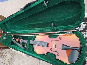 Спорт и хобби - Каирма: Скрипка полная комплектация полноразмерный привоз с РФ. Реальному клие