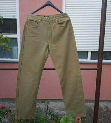 Farmerice br. 34 i pantalone br.34. obadvoje za 500 din
