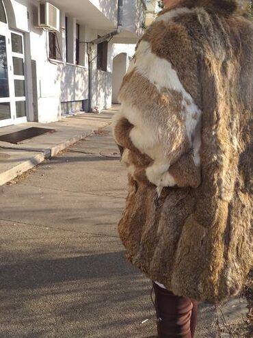 Bunda prirodno krzno lisice L . Bunda je bukvalno Nova krzno je jako