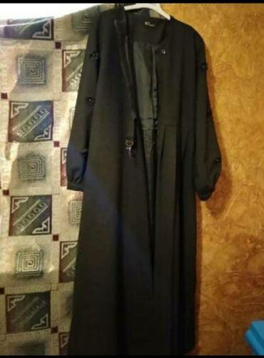 Женские пальто в Бишкек: Продам пальто б/ у. В хорошем состоянии. Размер 52